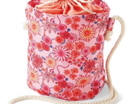 虹亀商店のふわふわ巾着バッグ